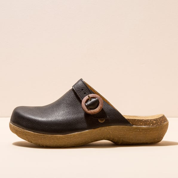N5701 NATURAL GRAIN BLACK / WAKATIWAI