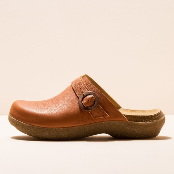 N5701 SOFT GRAIN TOFFEE / WAKATIWAI